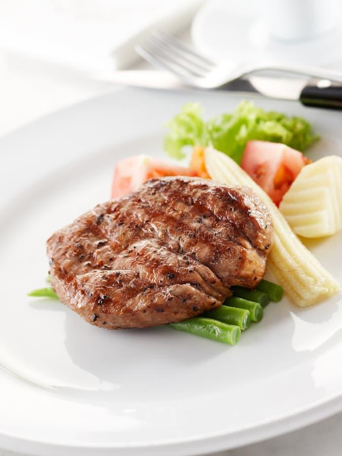 Het lapje vlees van het haasbiefstuk stock afbeelding