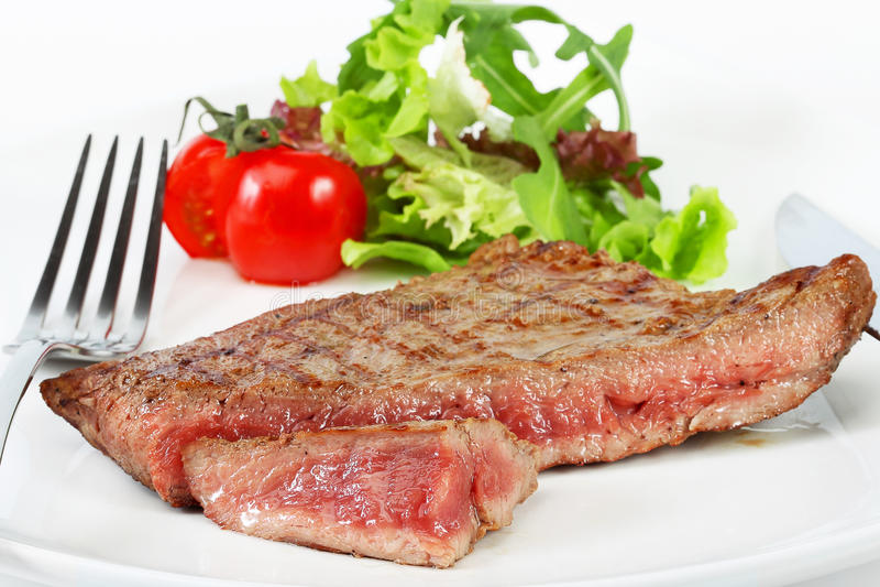 Het lapje vlees van het rundvlees met groenten royalty-vrije stock foto's