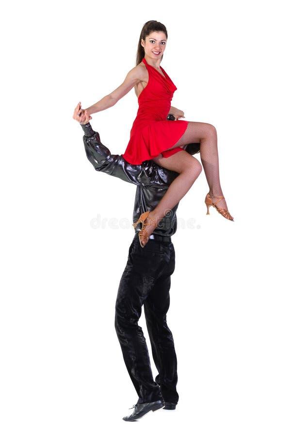 Het Latino dansers stellen, geïsoleerd op wit stock fotografie