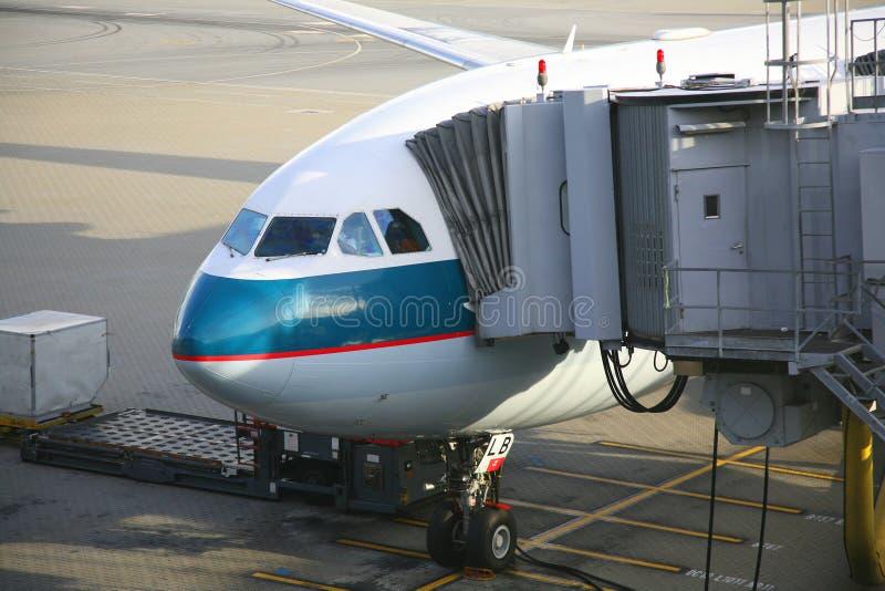 Vliegtuigen Het Leegmaken Stock Foto's