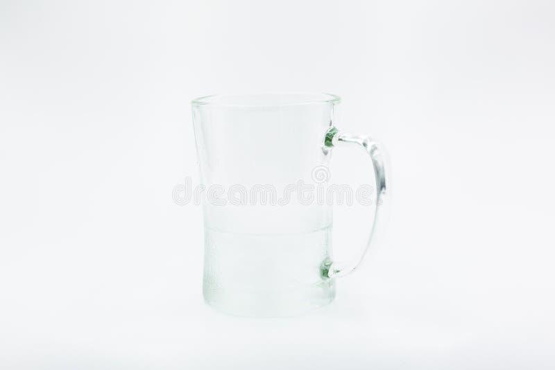 Het lege Glas van het Bier Geïsoleerdj op witte achtergrond stock fotografie