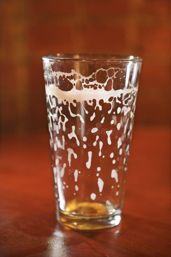 Het lege Glas van het Bier royalty-vrije stock fotografie