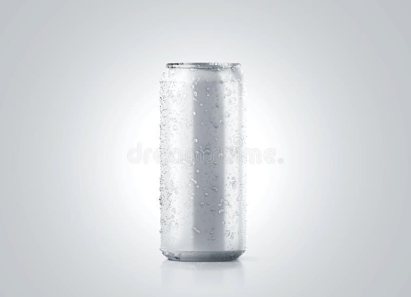 Het lege grote koude aluminiumbier kan model met dalingen, 500 ml stock foto's