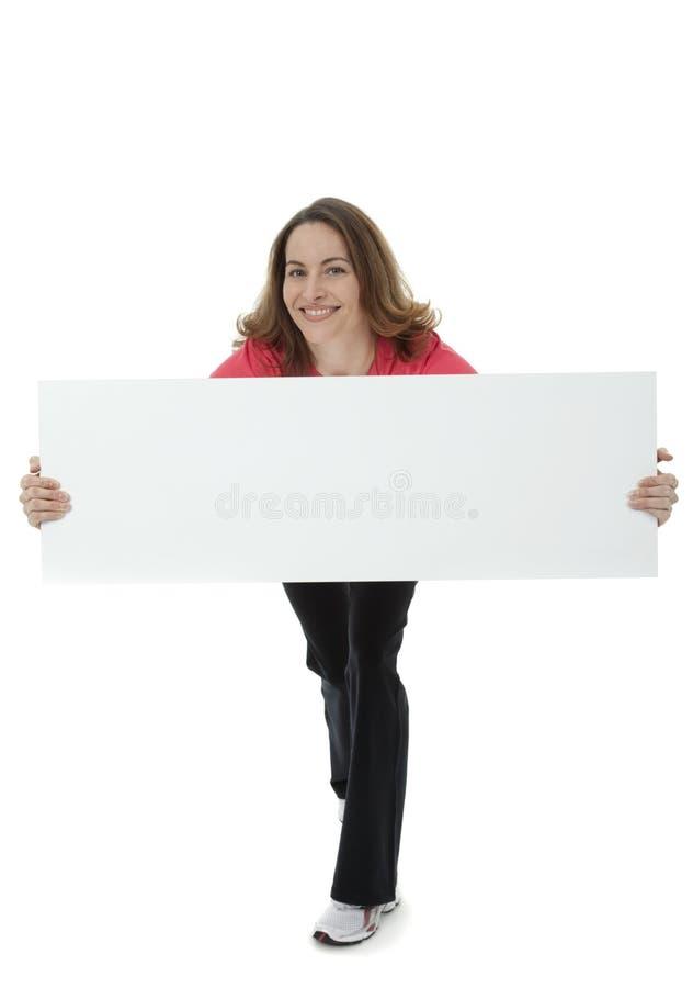 Het Lege Teken van de vrij Donkerbruine Holding van de Vrouw stock afbeeldingen