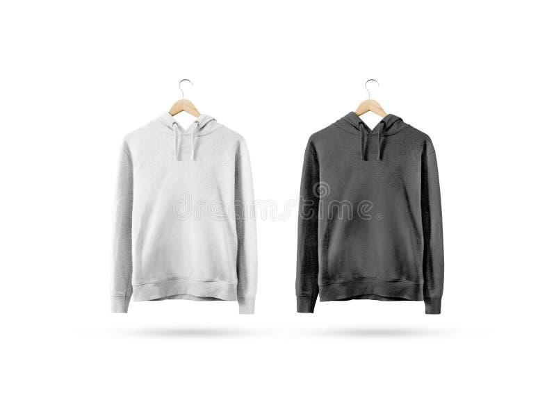 Het lege zwart-witte sweatshirtmodel hangen op houten hanger royalty-vrije stock fotografie