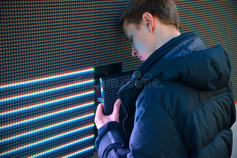 Het LEIDENE van de elektricienreparatie scherm stock afbeeldingen