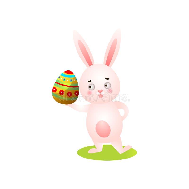 Het leuke gelukkige Pasen-konijn op groen gras, neemt kleurrijk ei vector illustratie