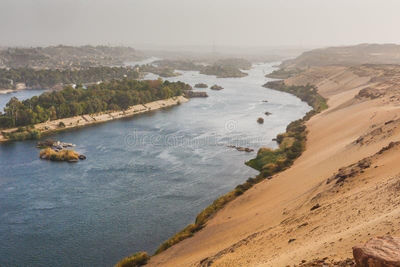 Het leven op de Rivier Nijl Aswan, Egypte royalty-vrije stock afbeeldingen