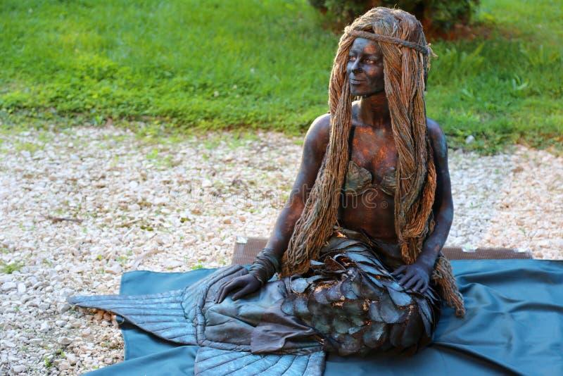 Het leven standbeeld - meermin stock afbeelding