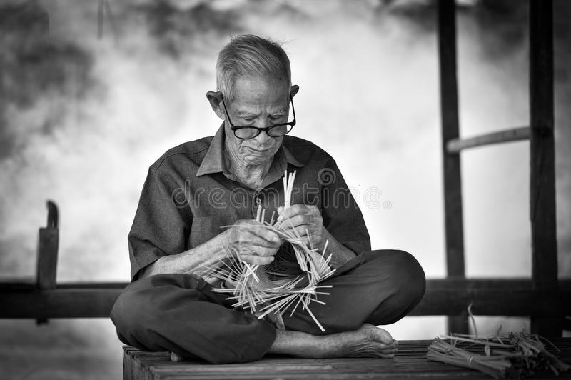 Het levens oude mens van Azië oom Grootvader royalty-vrije stock fotografie