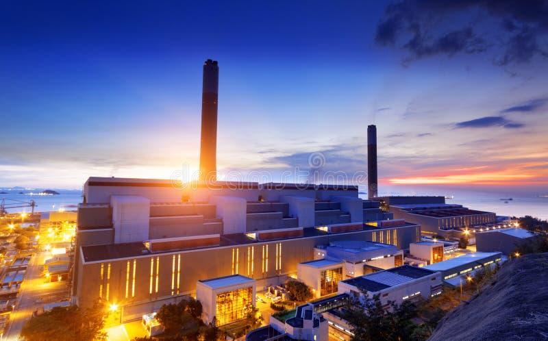 Het licht van de gloed van de petrochemische industrie stock foto