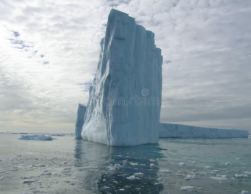 Het licht van de ijsberg stock afbeelding