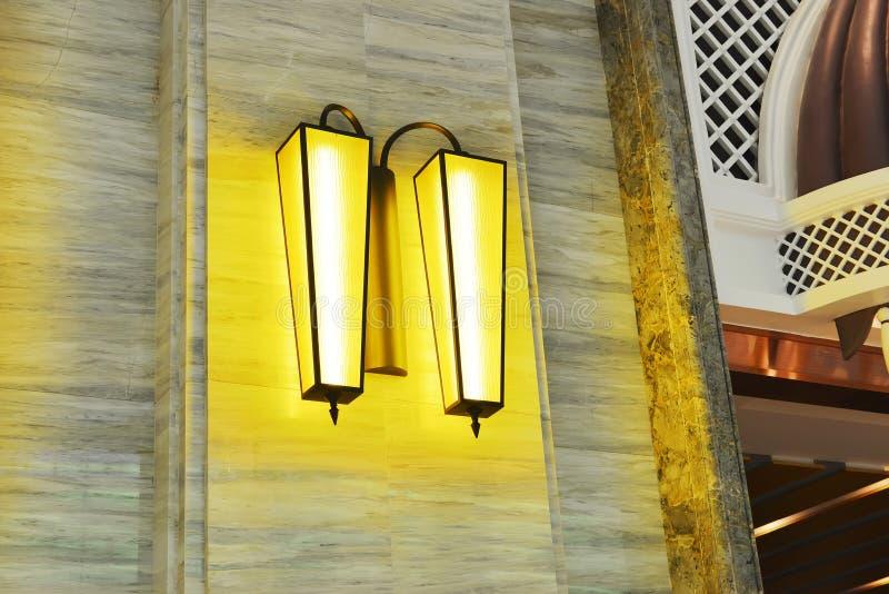 Het licht van de luxemuur stock fotografie