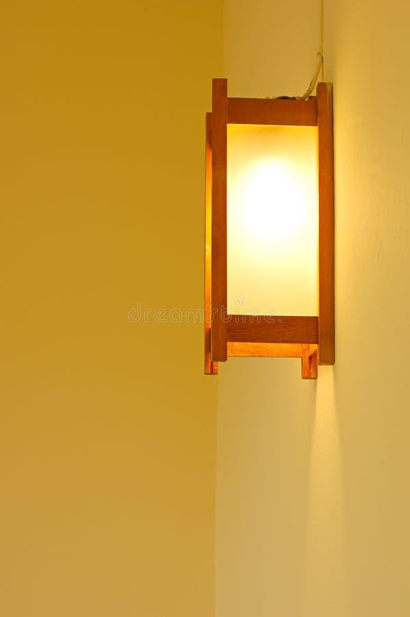 Het licht van de muur stock afbeeldingen