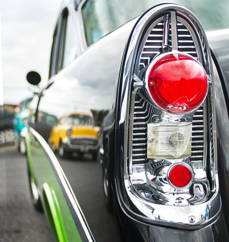 Het licht van de staart van een klassieke Amerikaanse auto stock foto
