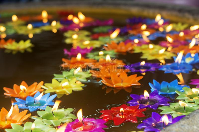 Het licht van geloof in Boeddhisme stock afbeelding
