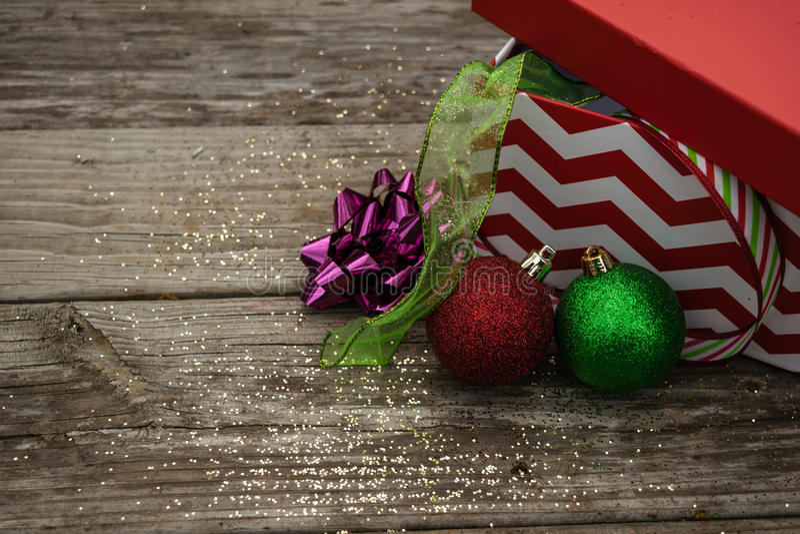 Het lint van Kerstmis stock afbeeldingen
