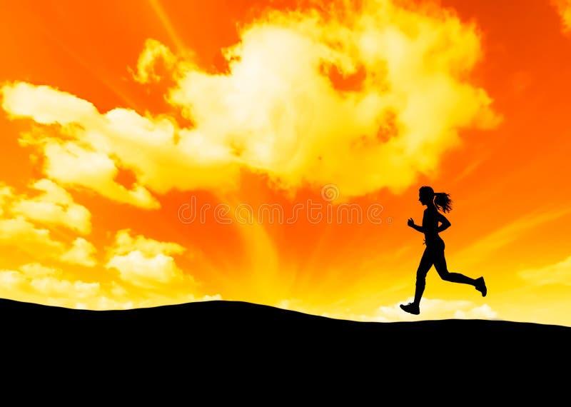 Het lopen en zonsondergang stock afbeeldingen