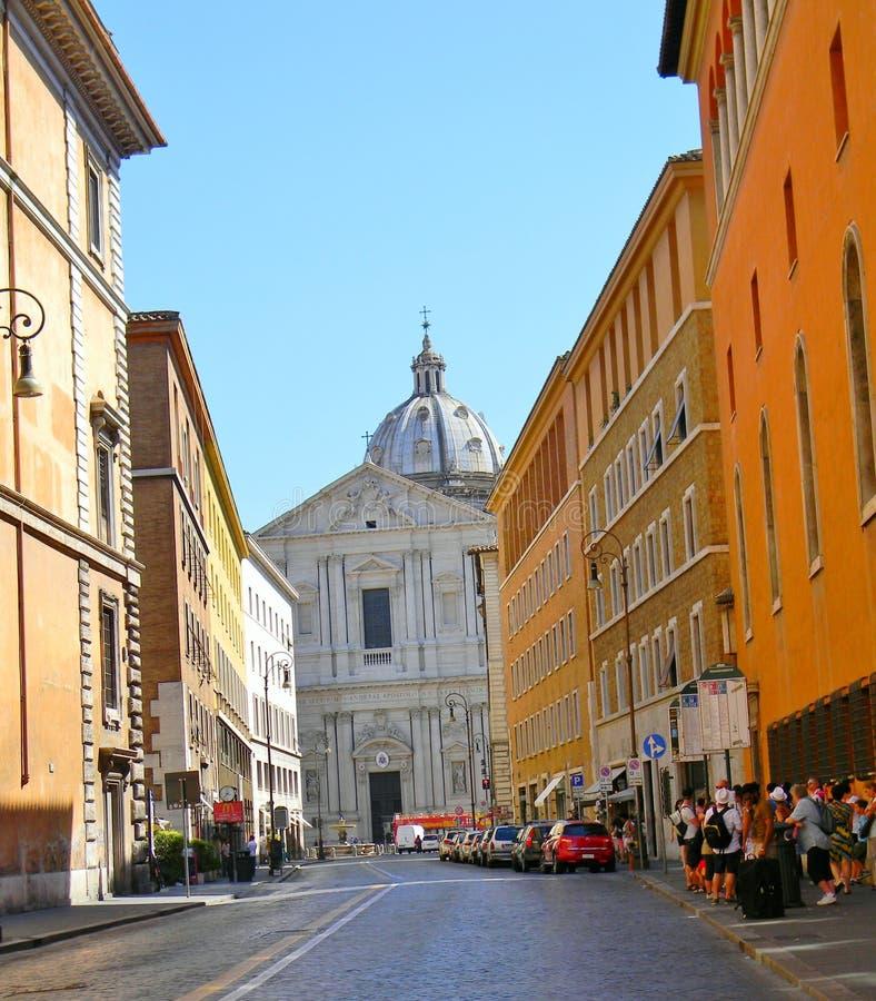 Het lopen van de straten van Rome royalty-vrije stock afbeeldingen