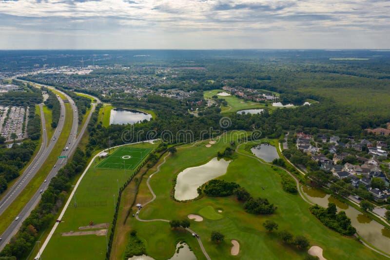 Het luchtlandschap van de het golfcursus van FL van de fotoviering dichtbij wegen royalty-vrije stock fotografie