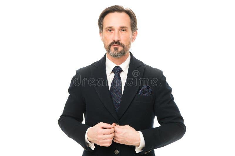Het maatkostuum vleit elke drager Het kostuum doordringt betekenis van vertrouwen van heren Mensen knappe zekere rijpe manier stock foto's