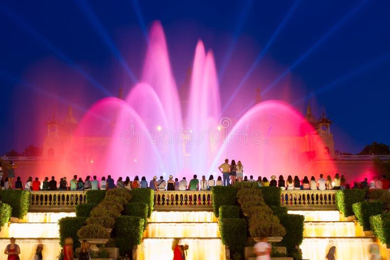 Het magische Fonteinlicht toont, Barcelona stock afbeelding