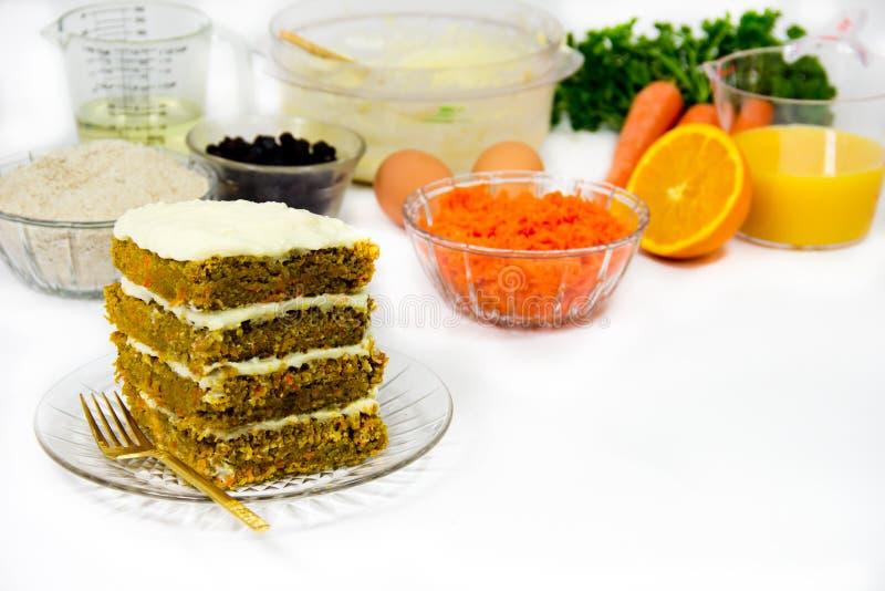 Download Het Maken Van De Cake En Van Het Recept Van De Wortel Stock Foto - Afbeelding bestaande uit wortelen, horizontaal: 29512432