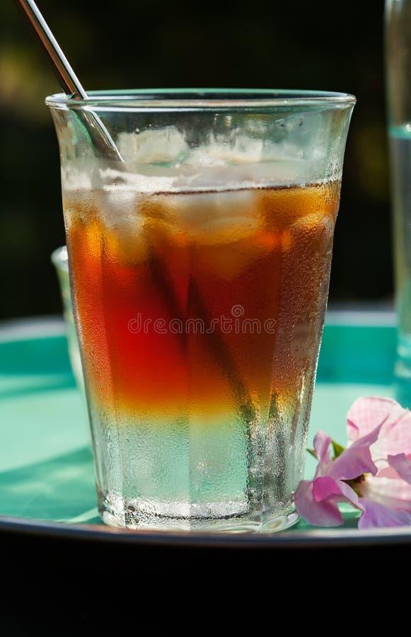 Het maken van koffie tonische drank royalty-vrije stock foto's