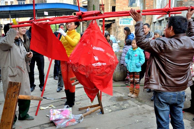 Het maken van Padlantaarn op Padfestival stock foto's