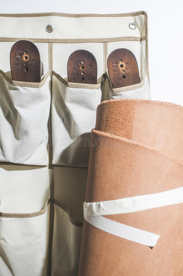 Het maken van schoenen stock afbeelding