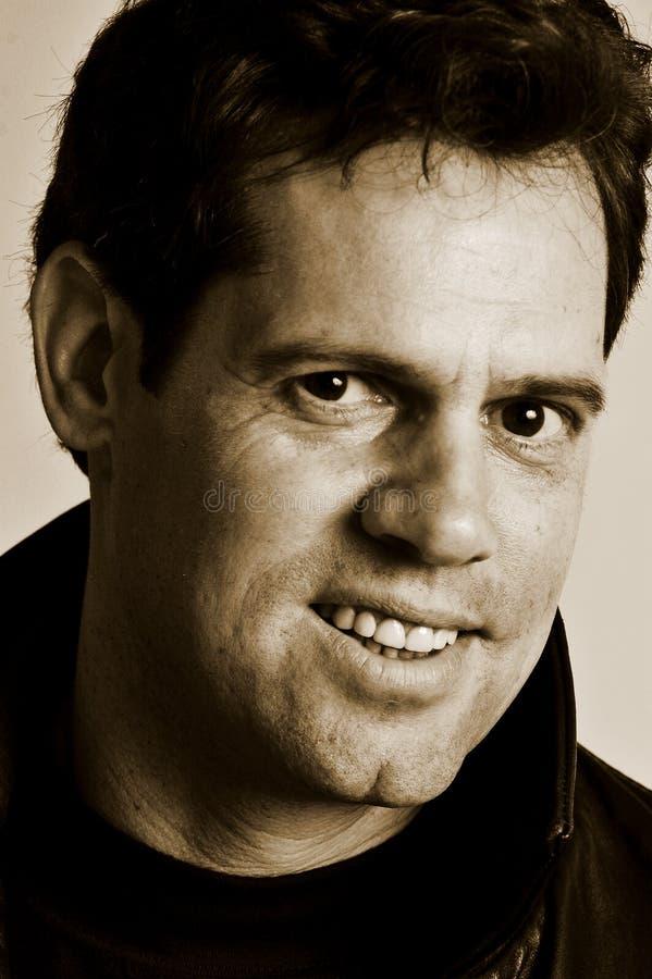 Het mannelijke portret glimlachen royalty-vrije stock fotografie