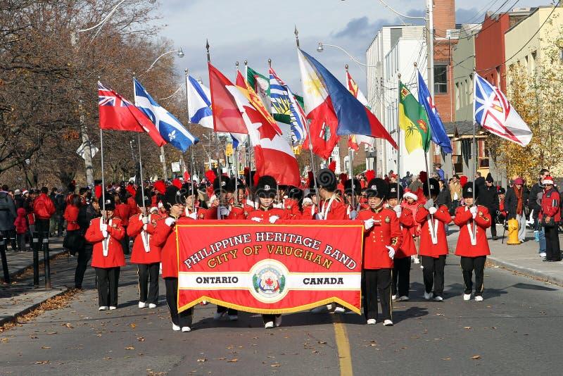 Het marcheren band bij de Parade van Toronto de Kerstman stock foto