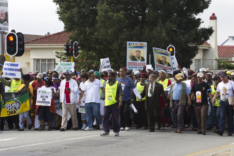 Het Marcheren van protesteerders stock afbeeldingen