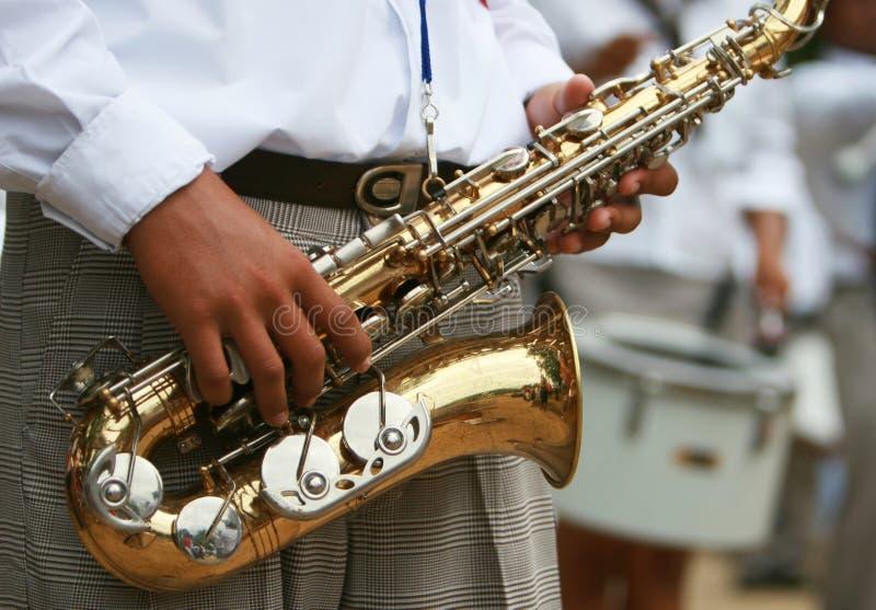 Het Marcheren van Saxaphone Band royalty-vrije stock foto's