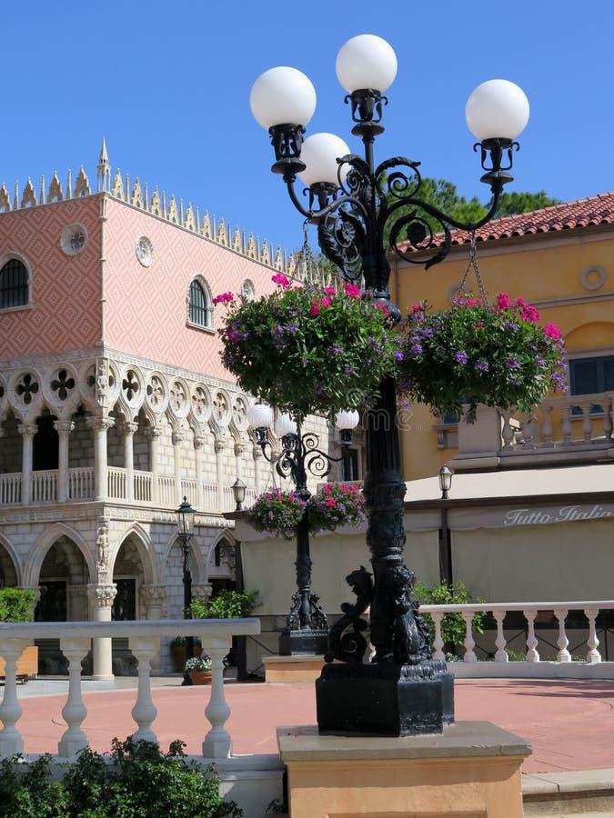 Het Marokkaanse en paviljoen van Italië bij Wereldshowcase op Epcot-Centrum royalty-vrije stock afbeelding