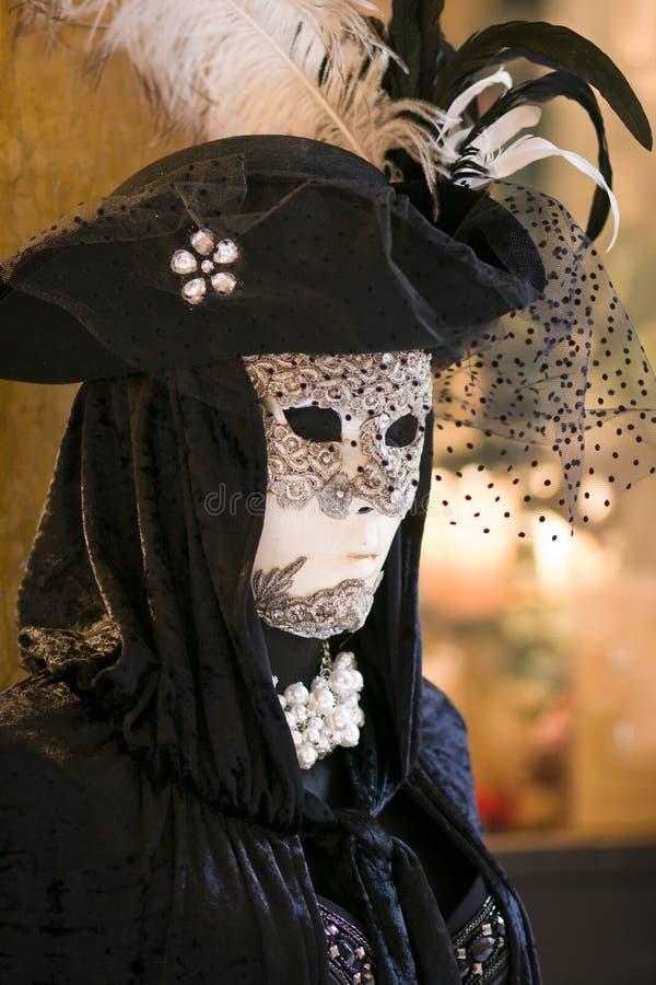Het masker en het kostuum van Carnaval in Venetië royalty-vrije stock foto