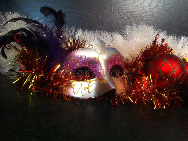 Het masker van Carnaval met veren stock foto's