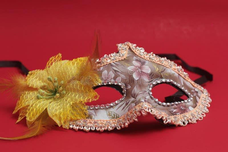Het masker voor Purim-vakantie van vierings de Joodse Carnaval en schittert achtergrond stock fotografie