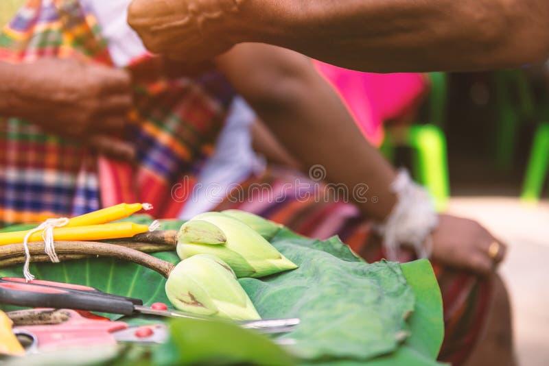 Het materiaal en de hulpmiddelen voor verordenen ceremonie in Thailand, Mens monnik te zijn royalty-vrije stock afbeeldingen