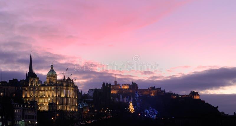 Het medio Kasteel van Edinburgh van de winter royalty-vrije stock afbeeldingen
