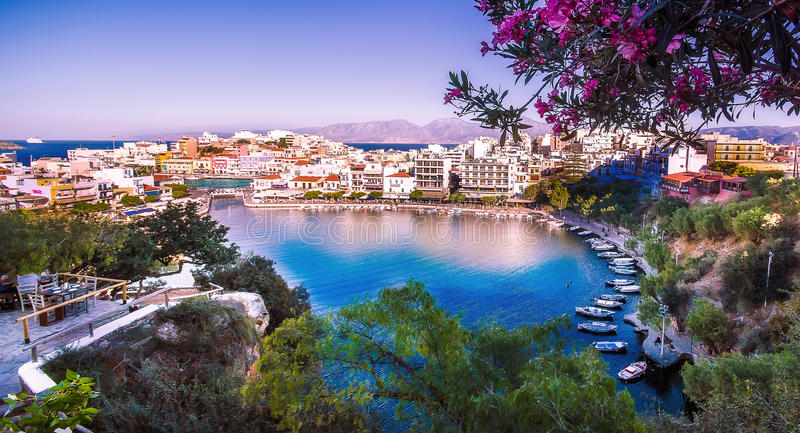 Het meer van Agios Nikolaos, Kreta, Griekenland royalty-vrije stock foto's
