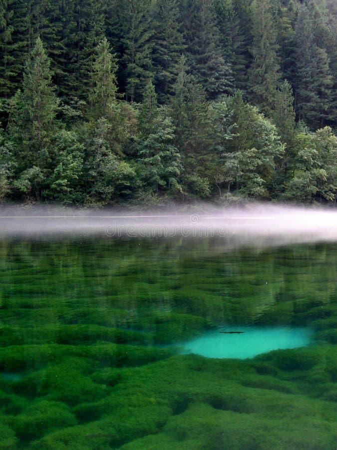 Het meer van de berg royalty-vrije stock afbeeldingen