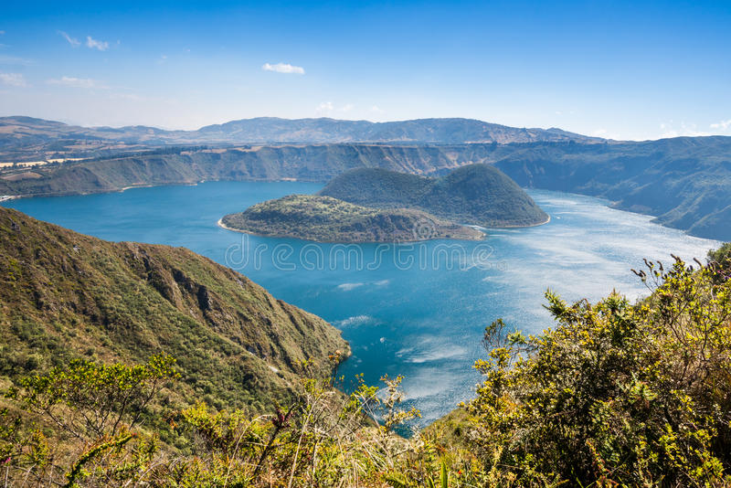 Het meer van de Cuicochakrater, Reserve cotacachi-Cayapas, Ecuador stock afbeeldingen