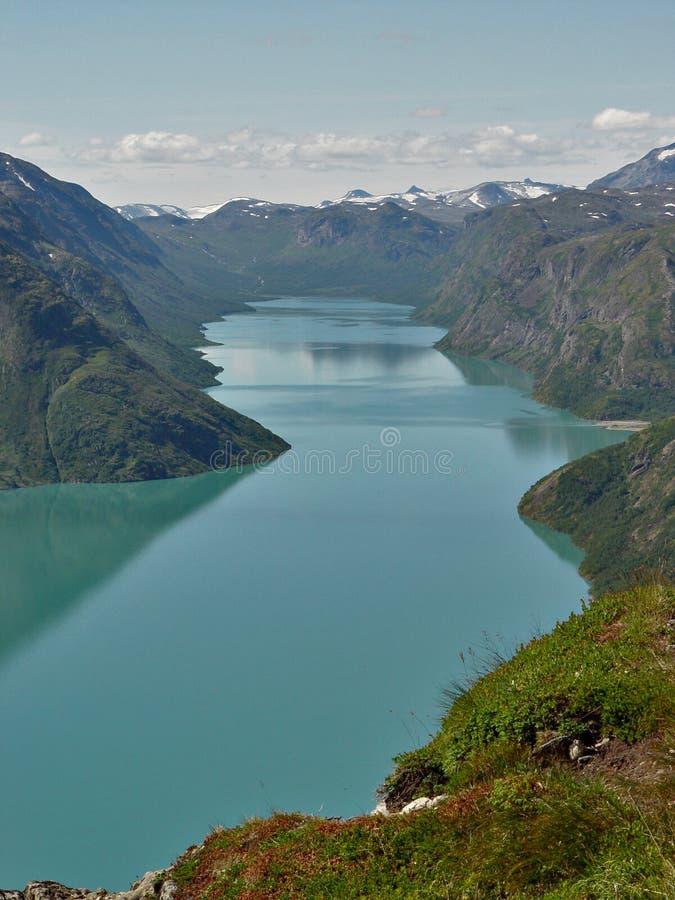 Het meer van Gjende royalty-vrije stock afbeeldingen