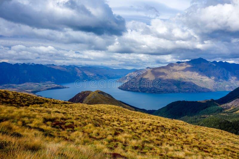 Het Meer van Nieuw Zeeland - Wakatipu-van Ben Lomond royalty-vrije stock foto's