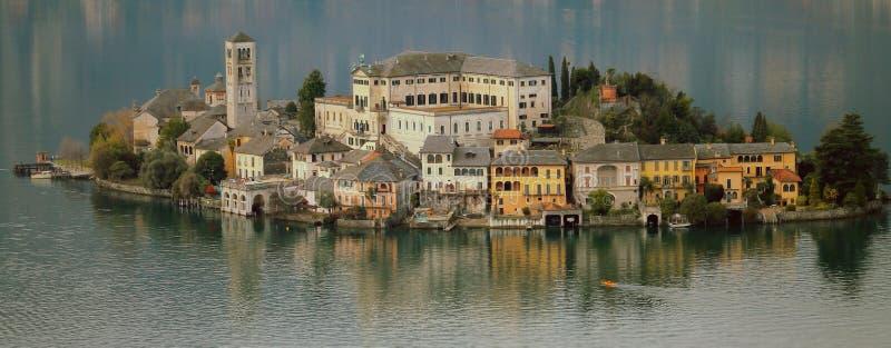 Het meer van Orta stock afbeelding