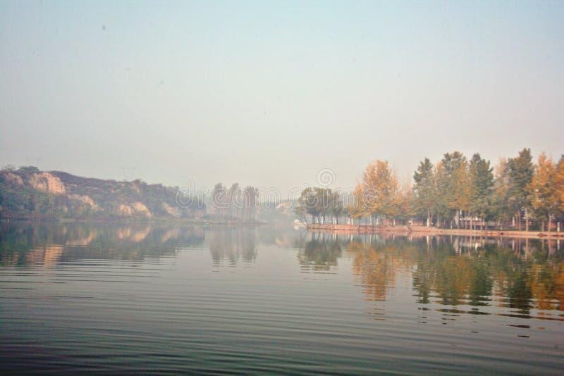 Het Meer van Zhengzhoudonglin royalty-vrije stock afbeeldingen