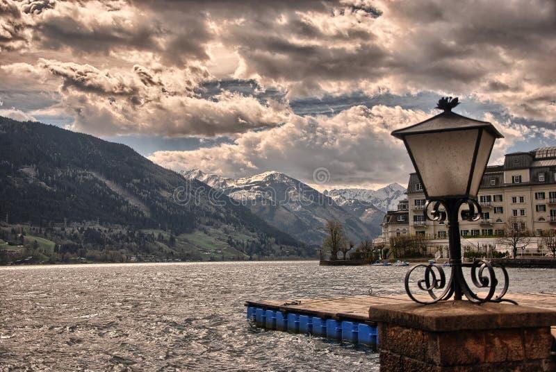 Het meer Zell am ziet stock afbeeldingen