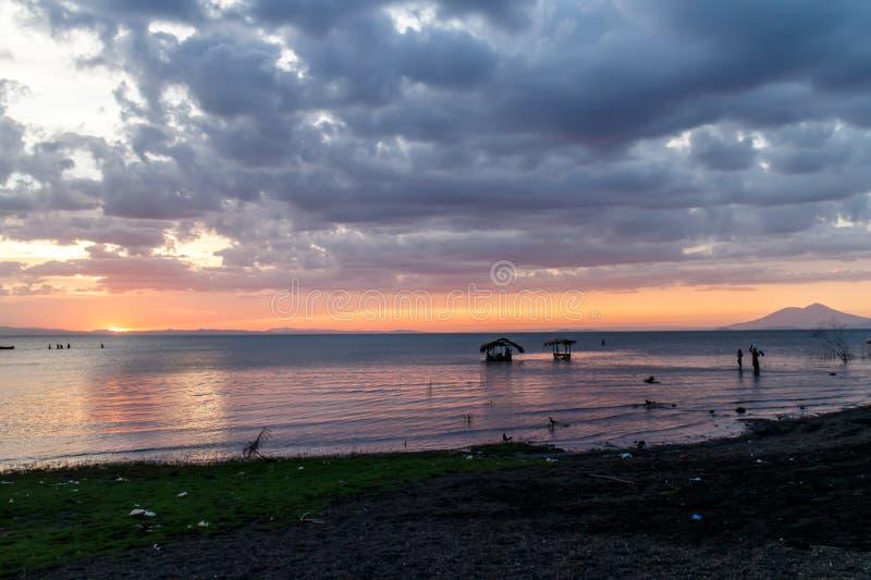 Het meermening van Nicaragua bij zonsondergang stock afbeeldingen