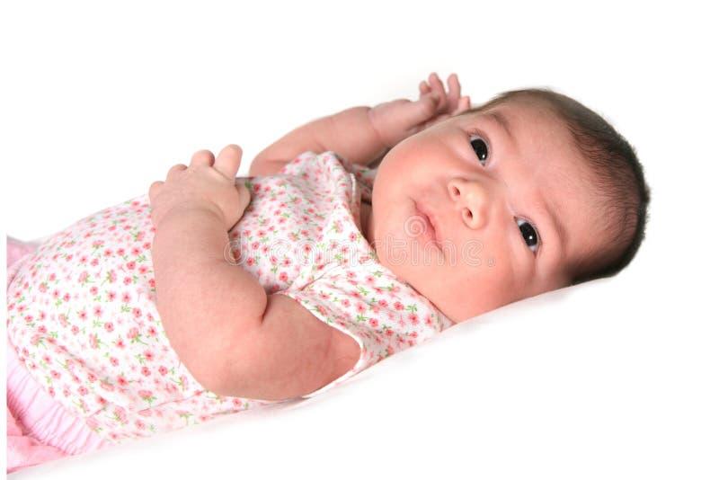 Het Meisje dat van de Baby van de zuigeling omhoog kijkt stock foto's